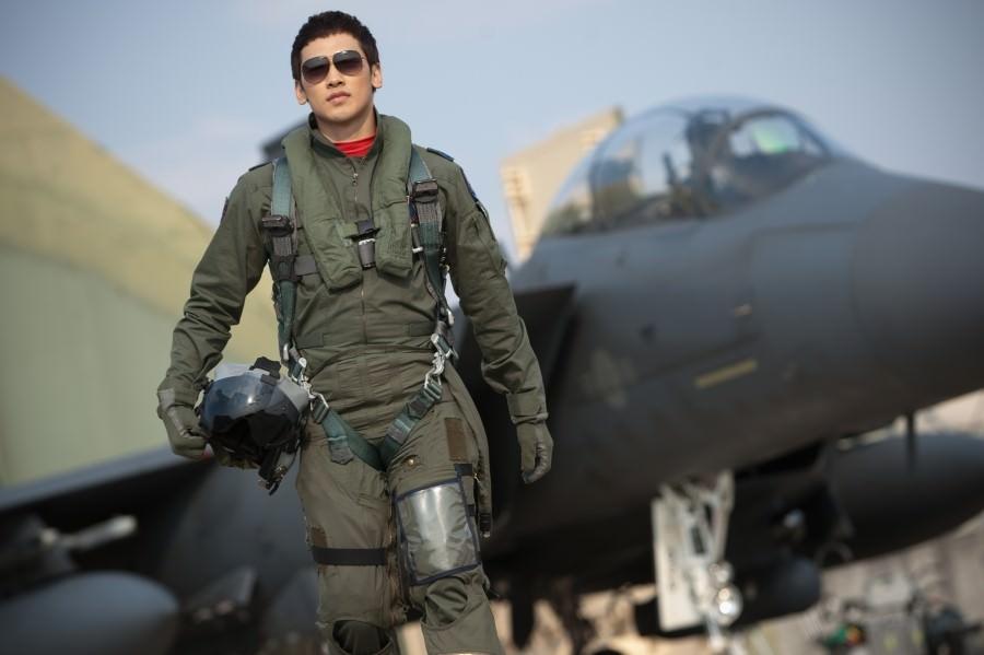 Рейн ...  любящим дождик ))) Пи / Bi (Rain) / Чон Чжи Хун / Jeong Ji Hoon  - Страница 15 Movie_image-1-1