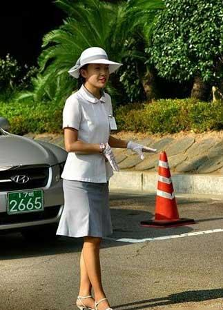SOUTH Korean traffic girls!! 6136055a624df2a63bbd80bbf50bc5eb