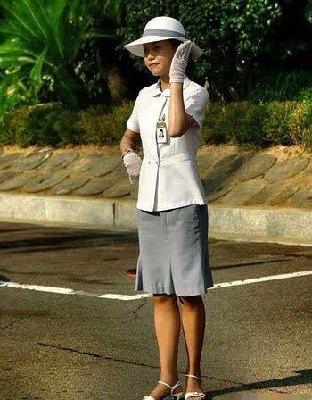 SOUTH Korean traffic girls!! 76acb81216e760d04119de8abca73d61