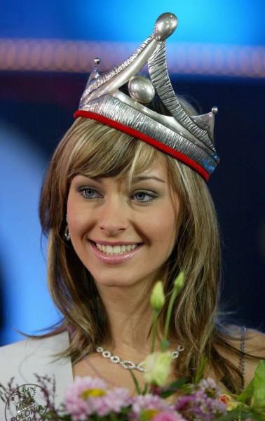 Katarzyna Weronika Borowicz - Miss Earth Water 2005 (Poland) Korony_ale_wciaz_piekne_1140567