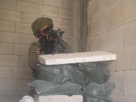 أقرب إلي الحرب : تكتيكات تدريبات جماعات صيد الدبابات في الجيش الإسرائيلي لمواجهة الجماعات المسلحة في الحرب القادمة Dfgdfgfdgfdg_c