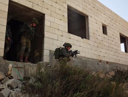 أقرب إلي الحرب : تكتيكات تدريبات جماعات صيد الدبابات في الجيش الإسرائيلي لمواجهة الجماعات المسلحة في الحرب القادمة Fdgdfgfdg_c