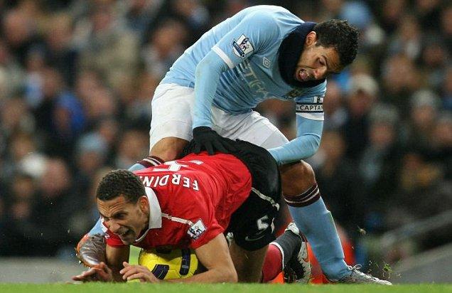 [2010/2011] Premier League - Page 25 Article-1289489459324-0C023281000005DC-340363_636x412
