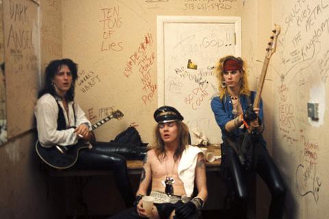 Tus fotos favoritas de los dioses del rock, o algo - Página 2 2202200