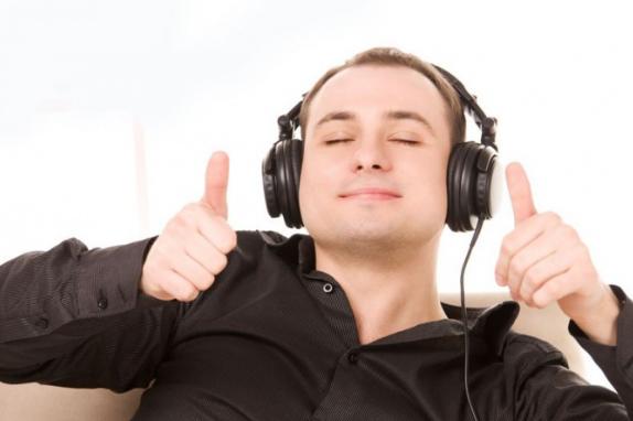 Где возможно скачивать и прослушивать музыку бесплатно? Zvukbiz3