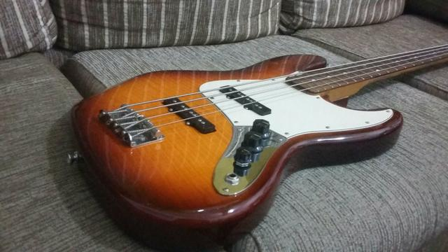 Fender Jazz Bass Mexicano Flamed Maple 817607093523368