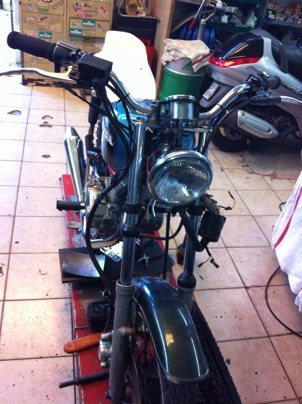 CG 125 Minor Kustom Co. staiile Ob_f56bd43979b7ca194ca931b6f7cc552b_cg-125-3