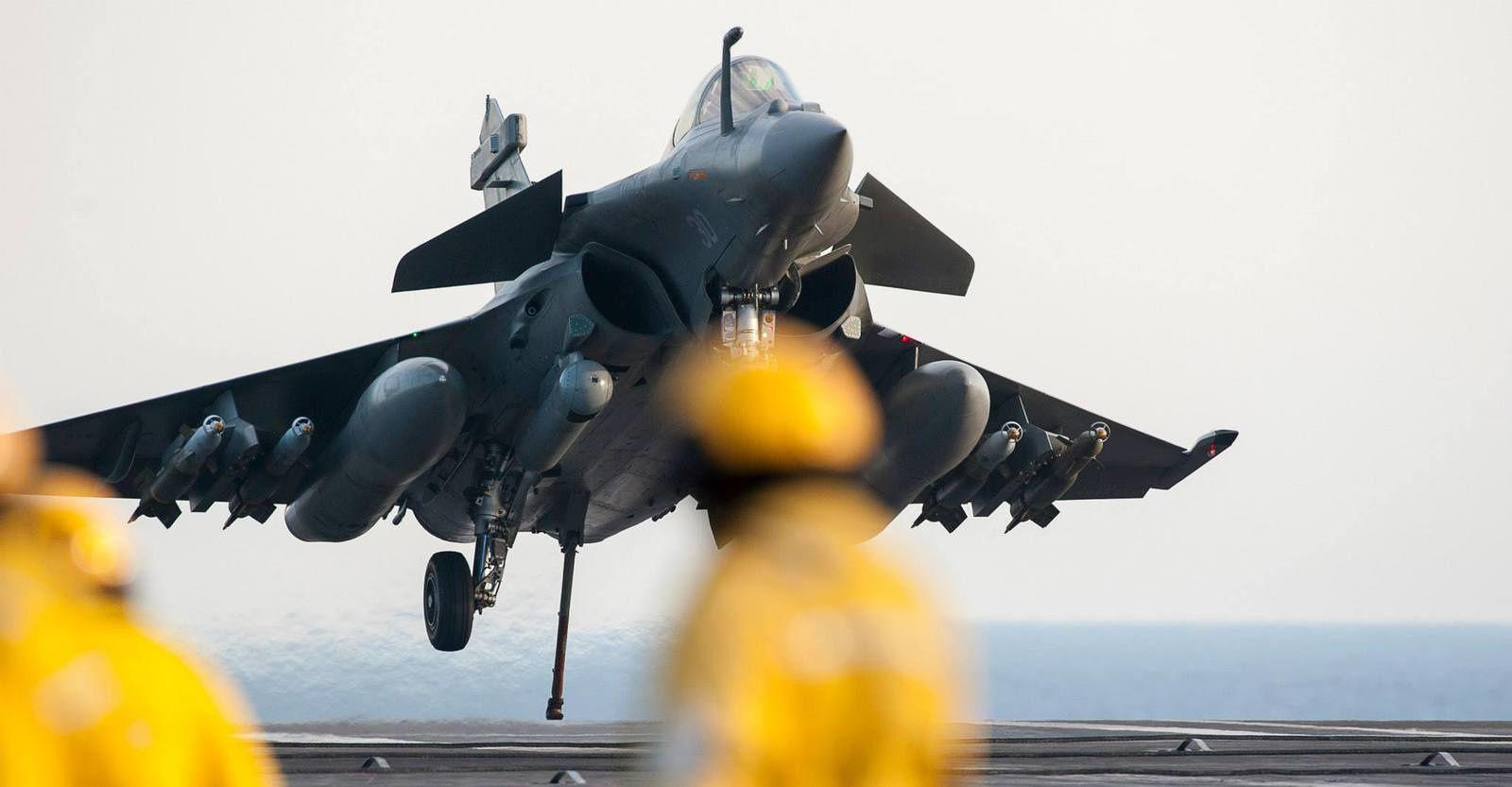 marine et aéronavale Ob_2ea4ef_5-mars-2015-scenes-quotidiennes-a-b