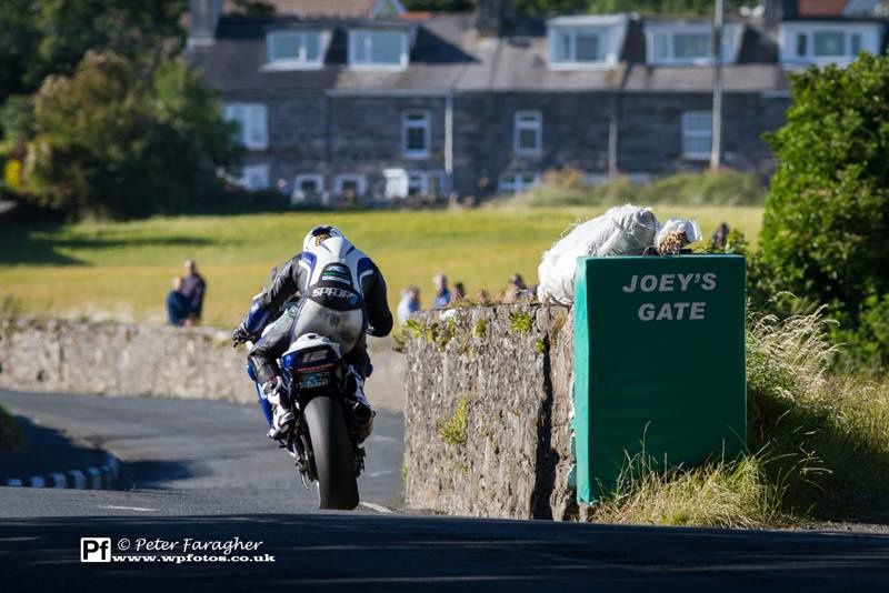 [Road Racing] Southern 100 2014 - Page 3 Ob_ae3959_10341963-581375768649625-2805110388627