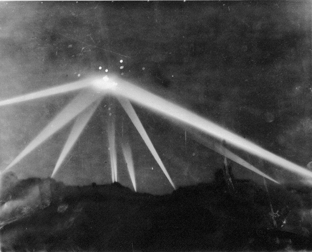 (1942) L'observation d'Ovni de Los Angeles Ob_3cf783_1