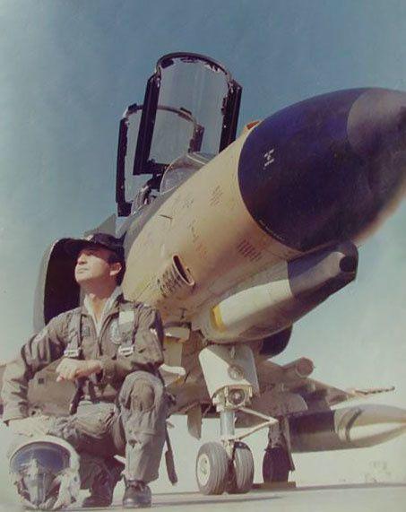 (1976) L'incident Ovni de Téhéran pilote Major Parviz Jafari Ob_399e67_major-parviz-jafari