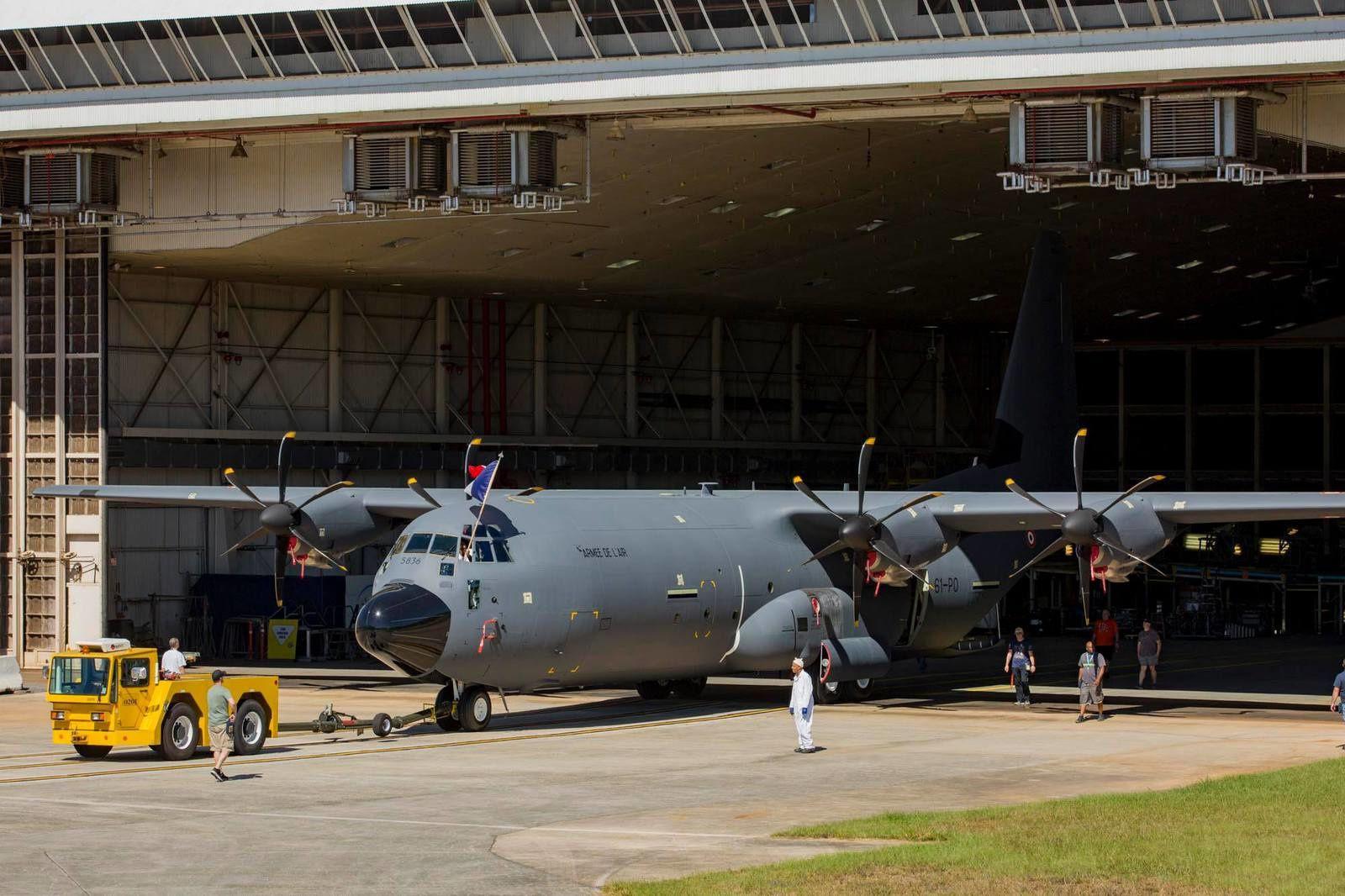 l'Escadron de Transport (ET) 2/61 «Franche-Comté» a annoncé que le premier avion de transport C-130J-30 Super Hercules destiné à l'Armée de l'Air française venait de sortir des chaînes d'assemblage Ob_0b638d_22552951-1680762698634687-169125874490