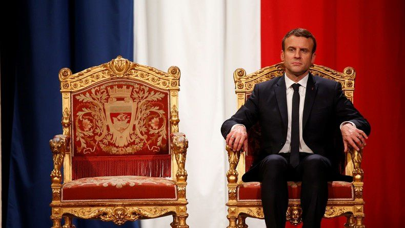 Qui est Emmanuel Macron ? - Page 18 Ob_14e0f0_macron-roi