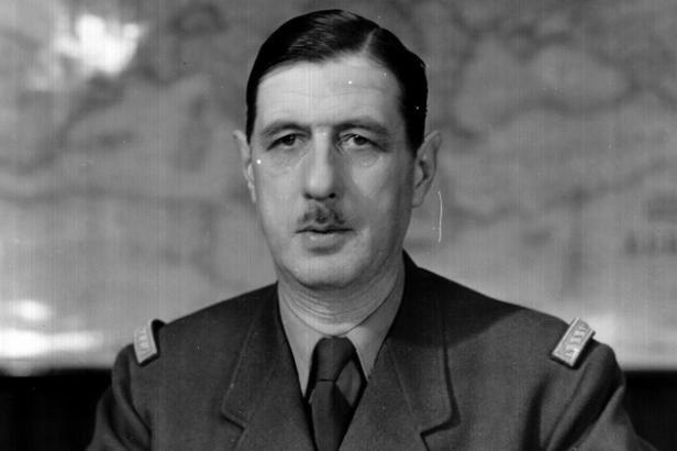 [AAR/récit Darkest Hour] Pour un Reich Millénaire Ob_b0b8f6_charles-de-gaulle2