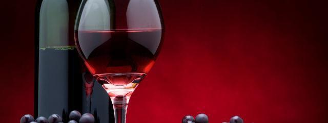 Un verre de vin reviendrait à faire une heure de sport Ob_4fc386_sante-vin-caries-vertus-vin-rouge-alco