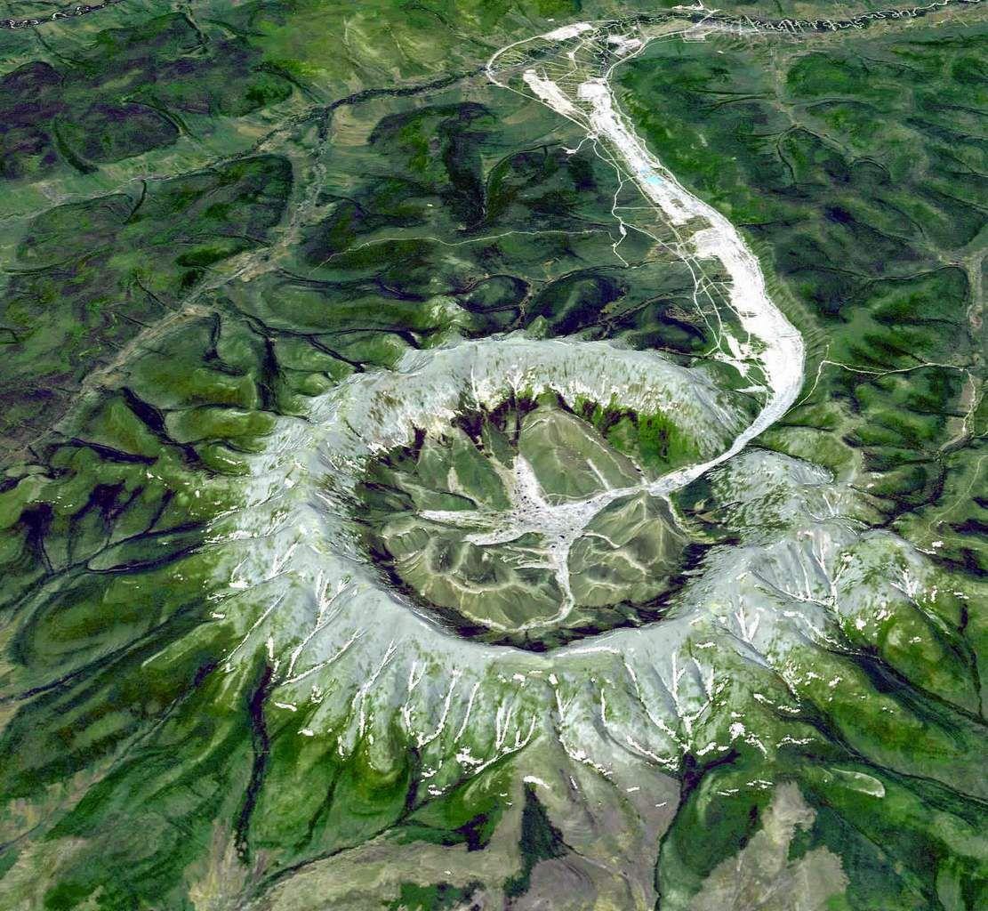 Découverte d'un mystérieux cratère d'un kilomètre de large en Sibérie Ob_a1e403_craters-in-siberia-photo