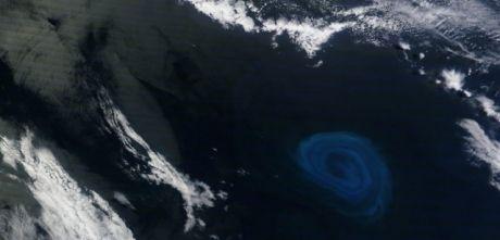 "De gigantesques ""zones mortes"" découvertes au milieu de l'Atlantique Ob_a37a32_tourbillon-ocean-0"