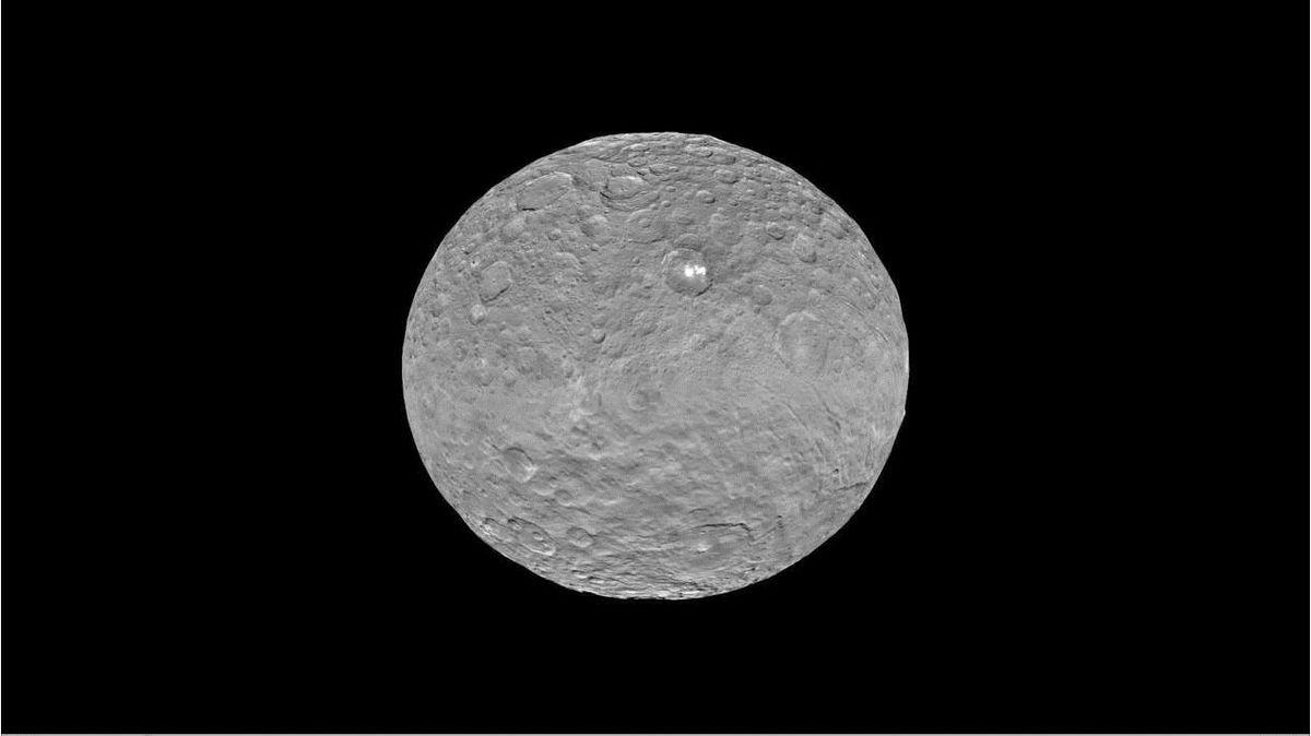Cérès : un survol des mystérieuses particularités de la petite planète Ob_8770c4_crs3