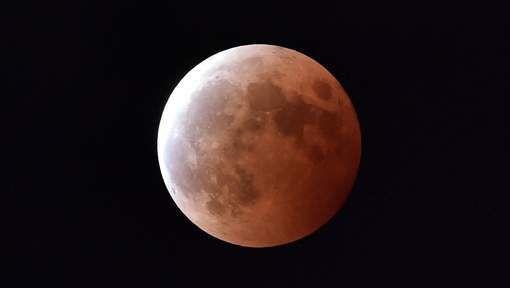 Gare à vos yeux, voici venir la super Lune Ob_99890a_media-xll-8029635