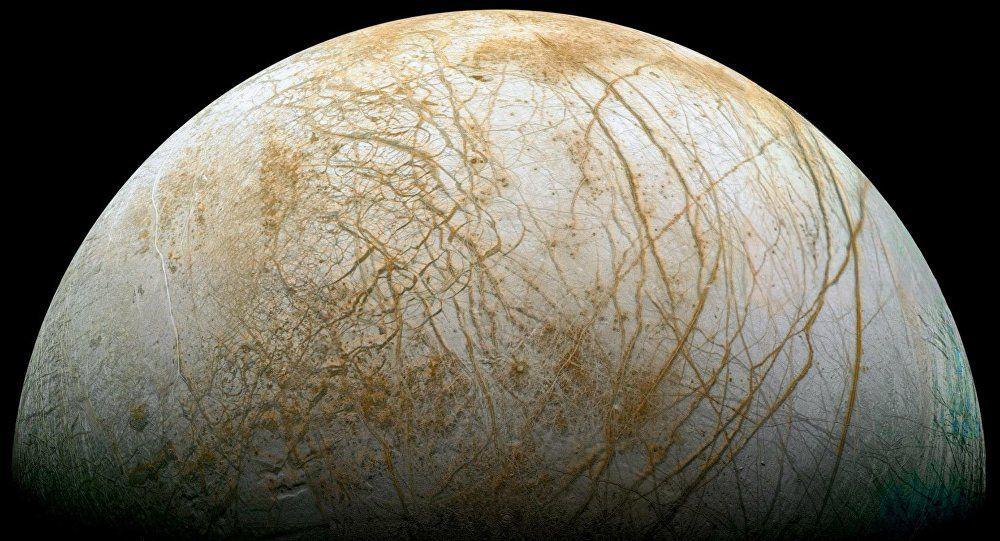 Sur Europe, une lune de Jupiter, un océan est semblables aux nôtres Ob_5ac19f_1025102854-1