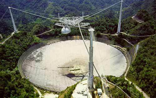 "L'université de Californie aurait reçu un signal ""extraterrestre"" Ob_040158_ob-6978d6-arecibo"