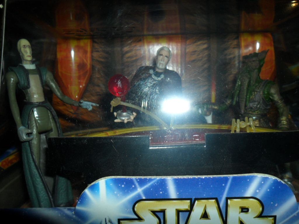 Collection n°182: janosolo kenner hasbro - Page 5 Ob_b83af9_geonosian-war-room-part-1-2