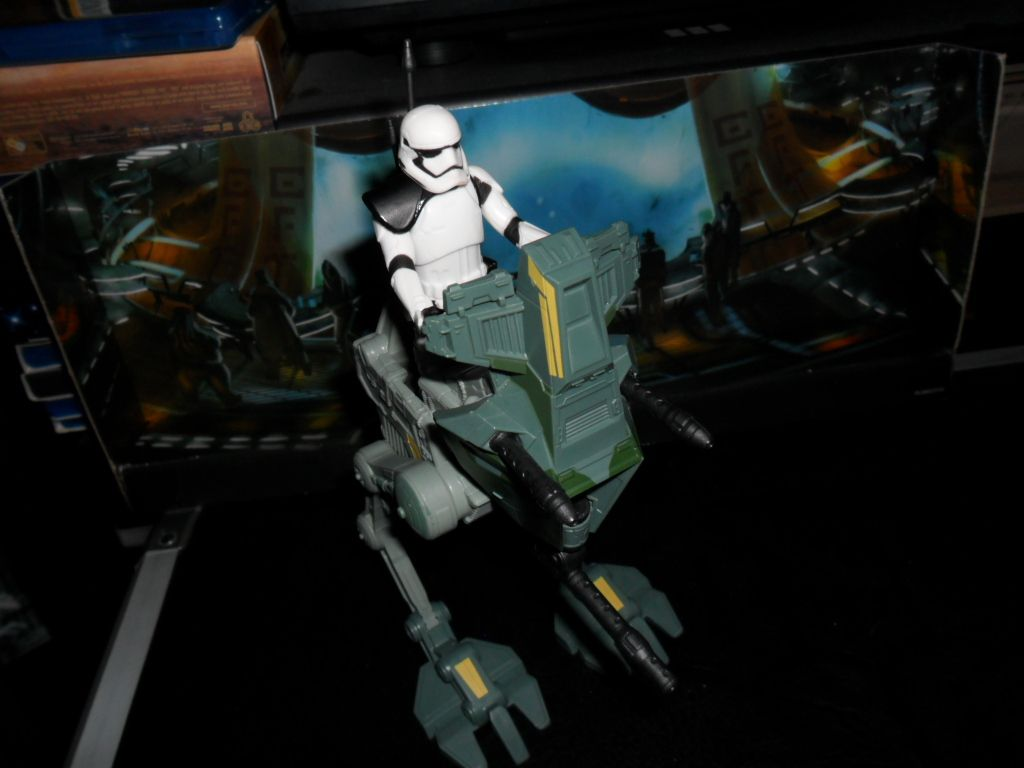 Collection n°182: janosolo kenner hasbro - Page 6 Ob_b5eff3_assault-walker-stormtrooper-sergeant