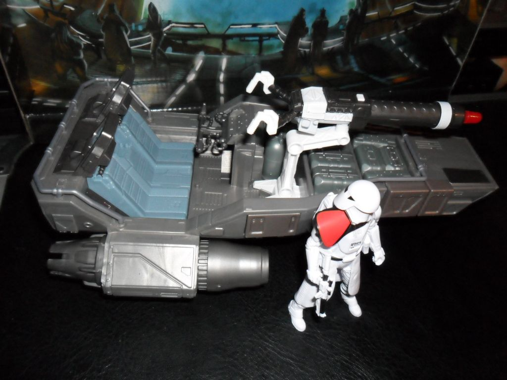 Collection n°182: janosolo kenner hasbro - Page 10 Ob_a3e63d_star-wars-7-first-order-snow-speeder-w