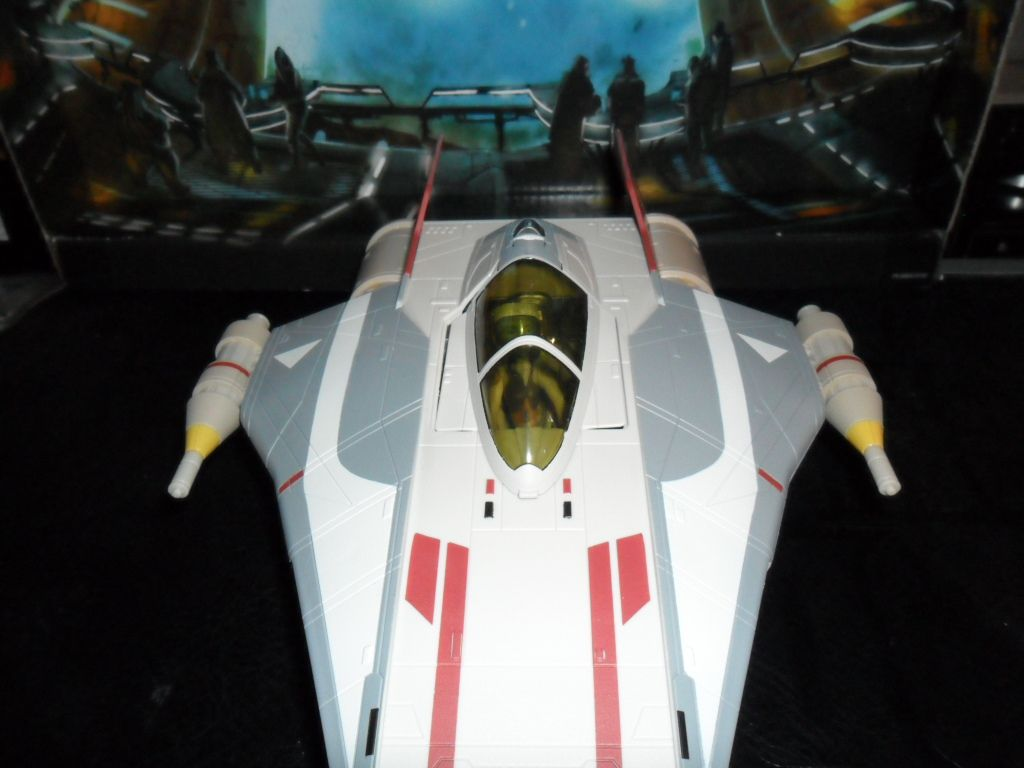 Collection n°182: janosolo kenner hasbro - Page 10 Ob_fa5518_a-wing-with-hera-syndulla-phoenix-lea