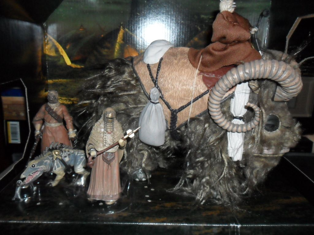Collection n°182: janosolo kenner hasbro - Page 11 Ob_e83303_bantha-witk-tusken-raiders-2