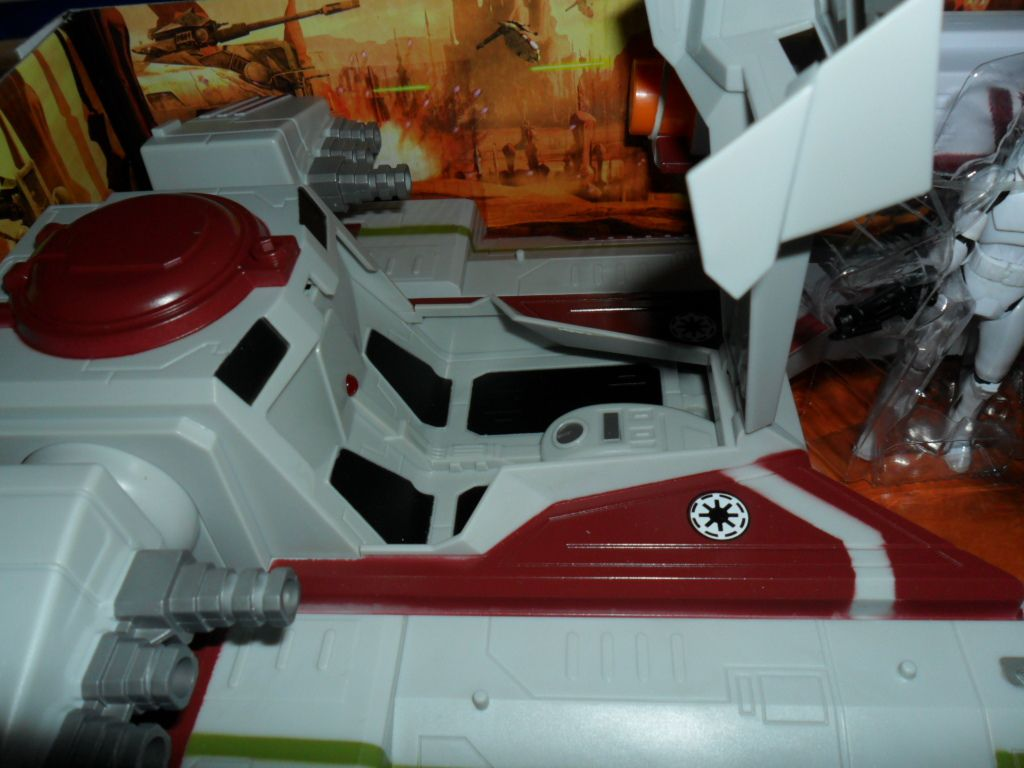 Collection n°182: janosolo kenner hasbro - Page 11 Ob_97ebc8_republic-fighter-tank-4