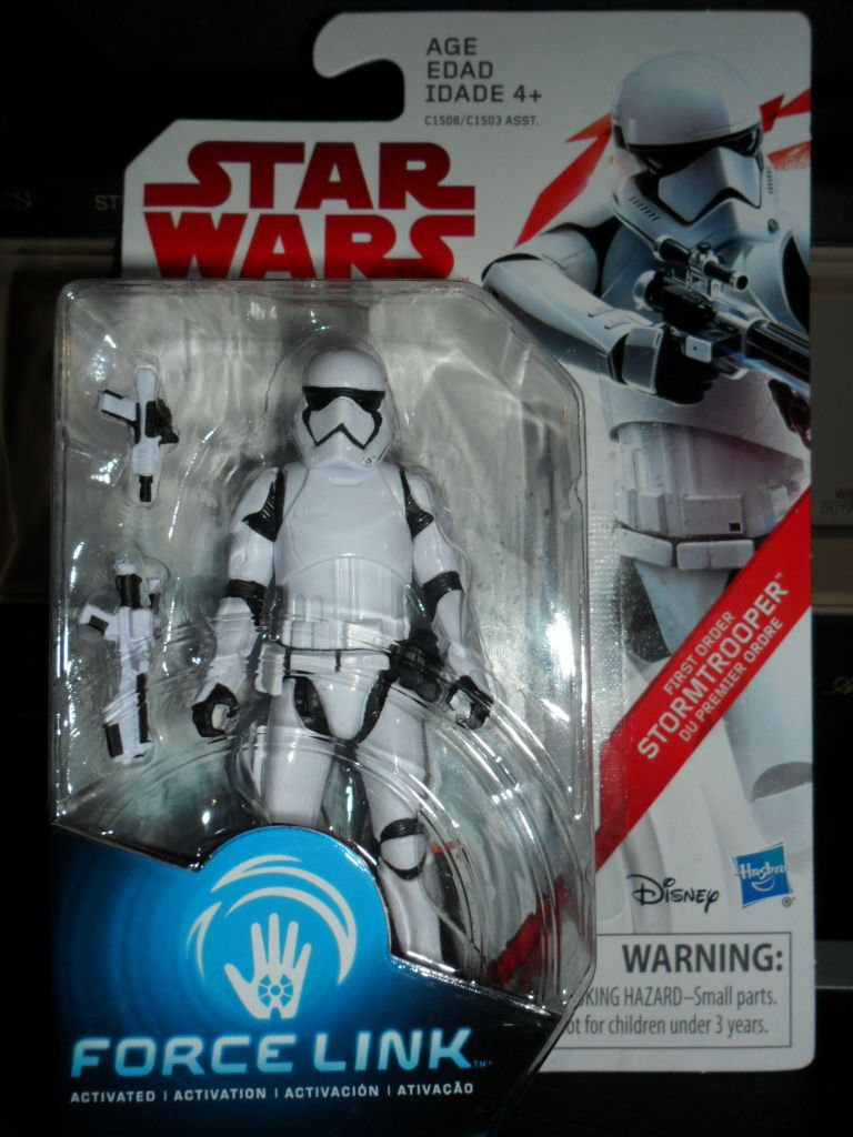 Collection n°182: janosolo kenner hasbro - Page 12 Ob_586cbf_first-order-stormtrooper