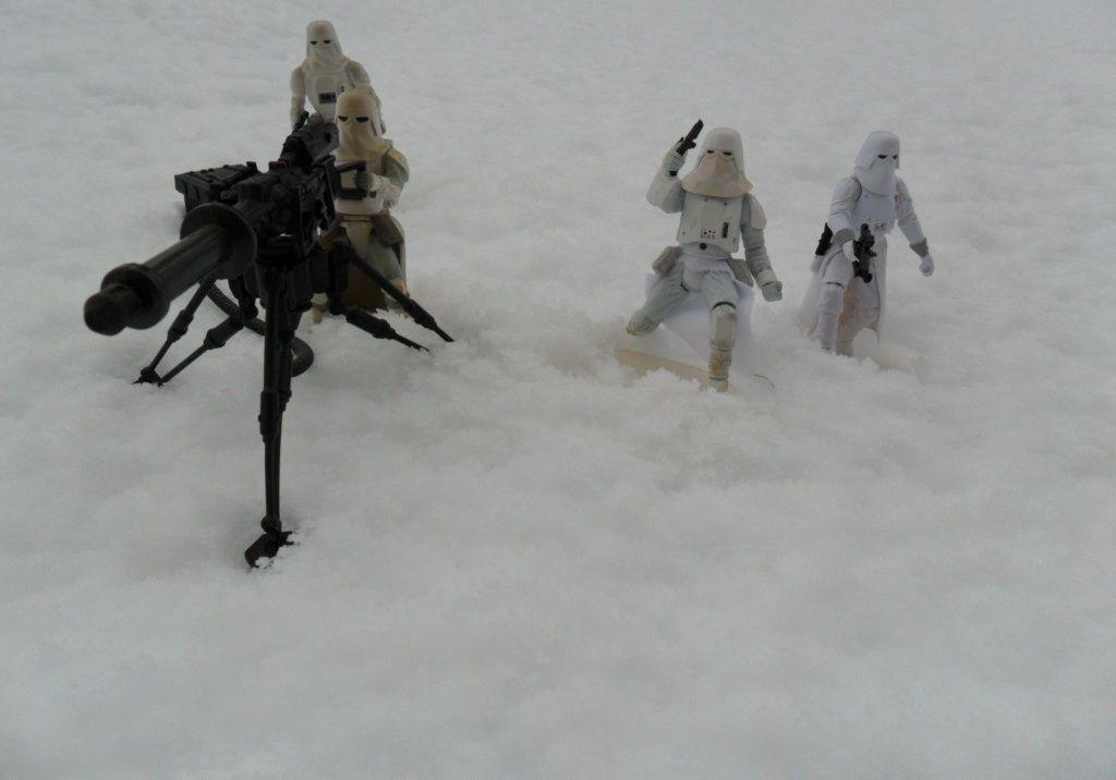 petit diorama avec la neige qui est tombé Ob_5627ec_sam-0003