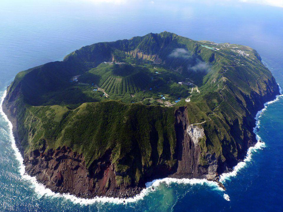 Aogashima, l'île la plus insolite de la Terre… !  Ob_017aae_4292176838964