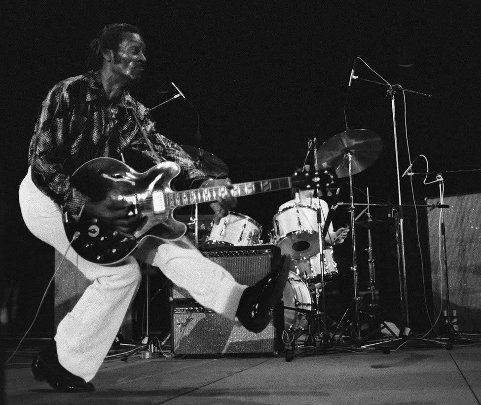 Mort de Chuck Berry, père du rock ! By Libération & Overblog.com (bonus 2 concerts sur Bidfoly.com) Ob_ceffd7_chuck-berry09