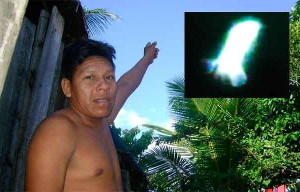 Des résidents de Iquitos au Pérou rapportent une observation d'OVNI Ob_dcb75e6ea0aed5dbb4cac44f400a46d8_ufo-iquitos