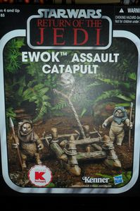 Collection n°182: janosolo kenner hasbro - Page 2 Ewok-Assault-Catapult
