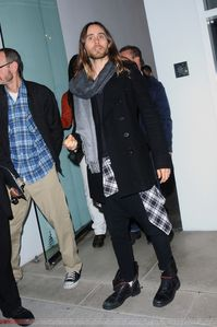 Jared Leto @ Out in Los Angeles – 27 Février 2014 [candids]  0001