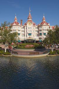 Cet été à Disneyland Disneyland-20Park-20entrance25705233
