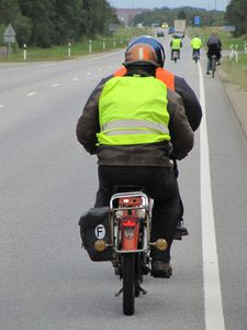 vitesse maxi!!!sujet interdit aux representants de la loi! merci!! MOB1808-020