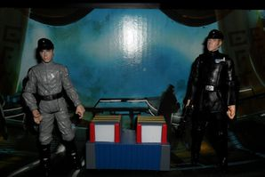 Collection n°182: janosolo kenner hasbro - Page 2 Death-Star-Scanning-Crew-Imperial-Officer-and-Imperial-Tech
