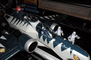Collection n°182: janosolo kenner hasbro - Page 2 Arc-170-fighter-with-pilot-and-R4-C7