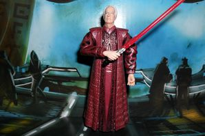 Collection n°182: janosolo kenner hasbro - Page 2 Palpatine-red-Lightsaber-Attack-