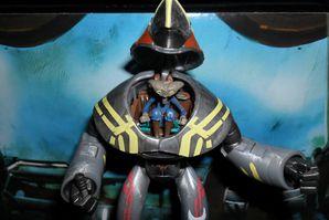 Collection n°182: janosolo kenner hasbro Seripas-armure-robotise