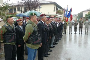 L'Union Nationale des Parachutistes fête la Saint Michel 2013 dans l'Ain  P1110163