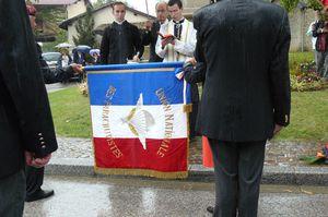 L'Union Nationale des Parachutistes fête la Saint Michel 2013 dans l'Ain  P1110169