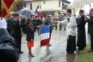 L'Union Nationale des Parachutistes fête la Saint Michel 2013 dans l'Ain  P1110170