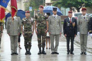 L'Union Nationale des Parachutistes fête la Saint Michel 2013 dans l'Ain  P1110172