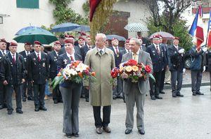 L'Union Nationale des Parachutistes fête la Saint Michel 2013 dans l'Ain  P1110177
