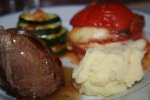 agneau - Manchettes d'agneau, infusion de thym, tourelles de légumes  Manchette-agneau-thym-8977
